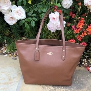 Nearly new Coach City Tote. Saddle brown